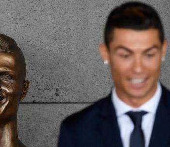Ce fou de Cristiano Ronaldo incroyablement horrible est étonné par Internet