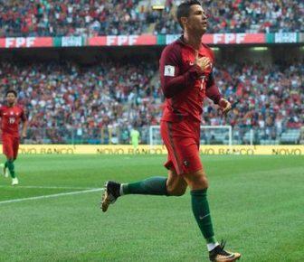 Cristiano Ronaldo gagne un chapeau dans la victoire du Portugal; dépasse la légende brésilienne Pele sur la liste des buts internationaux