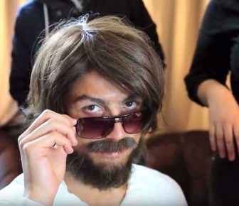 Voici Cristiano Ronaldo in Disguse Pranking the People of Madrid