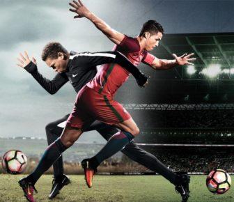 """Regarder Cristiano Ronaldo changer de corps avec un enfant dans cette vidéo """"Nike Freaky Friday"""""""