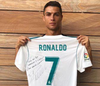 Séisme de Mexico : Cristiano Ronaldo rend hommage au jeune garçon mort