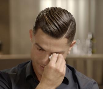 Cristiano Ronaldo: La superstar de la Juventus en pleurs après la projection du film de son père