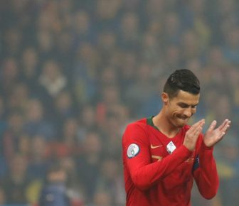 Cristiano Ronaldo plante son fils 700e mais la fête est gâchée (VIDEO)