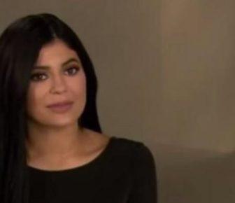 The American Group of Cosy annoncent qu'il va prendre la marque de beauté de Kylie Jenner pour 600 millions de dollars