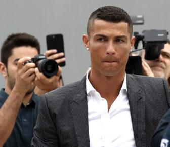 """Cristiano Ronaldo """"se sentait mal"""" quand a été accusé de viol en 2009"""