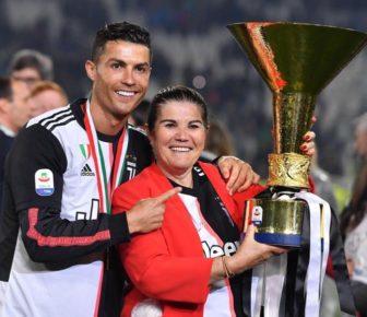 La mère de Cristiano Ronaldo victime d'un AVC